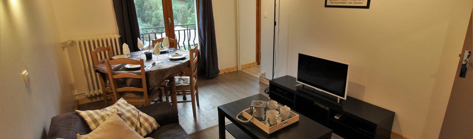 Apartment Jardin Banner 001